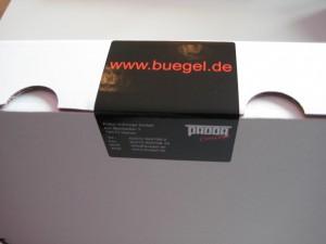 Kleiderbügel-Karton mit Logo